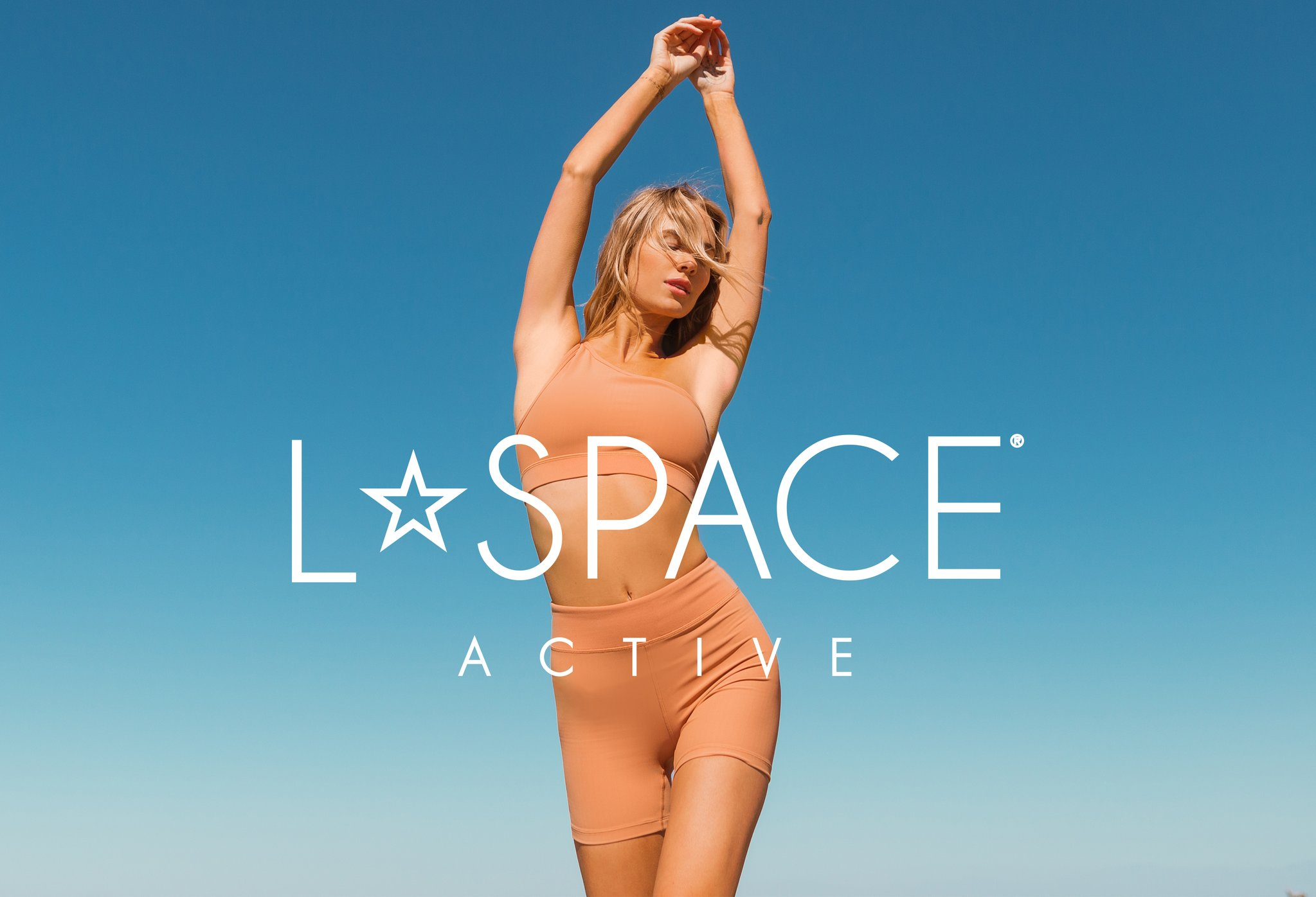 model wearing lspace active